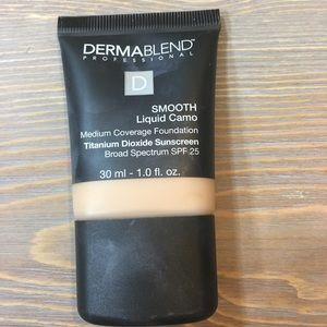 Dermablend Liquid Camouflage Foundation in 10N